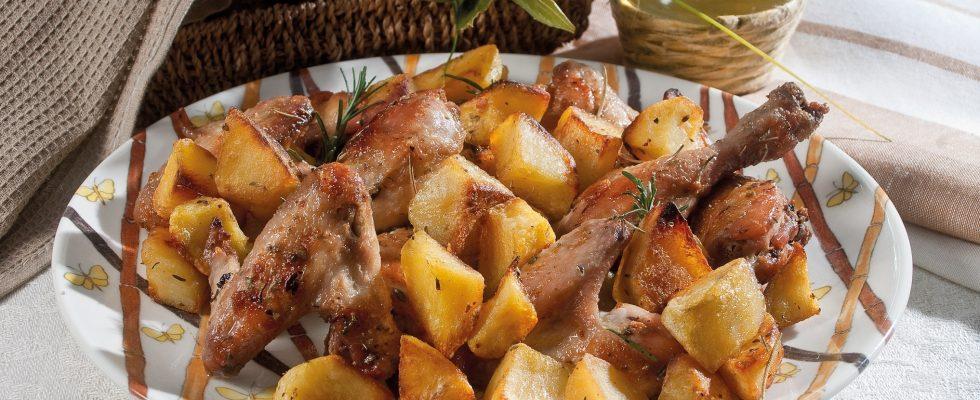 Pollo arrosto al limone con le patate, un secondo semplice ma delizioso