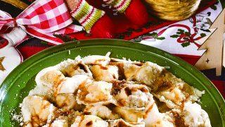 Ravioli doppi faraona e burrata, un primo piatto raffinato e delicato