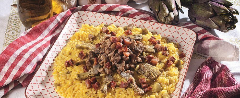Risotto al ragù bianco mantecato ai carciofi, un primo dal gusto intenso