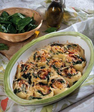 Rotolo di semolino, un primo piatto veloce e saporito