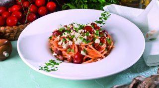 Spaghettoni con ragù di prosciutto al vino rosso, un primo piatto saporito