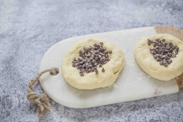 step-4-viennoise-au-chocolat