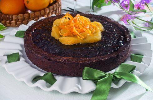 Torta brownies cioccolato e marmellata d'arancia, un dolce americano delizioso