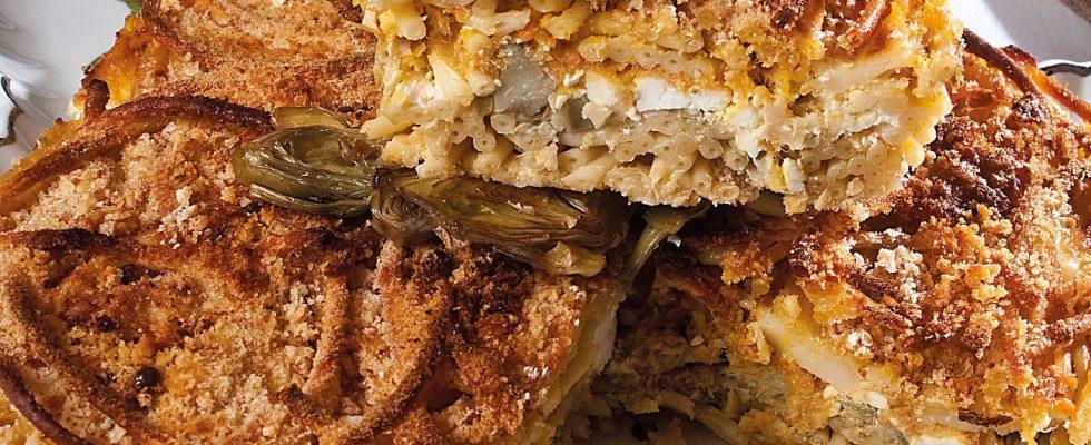 Timballo di bucatini e carciofi con sugo di carne, un primo piatto gustoso