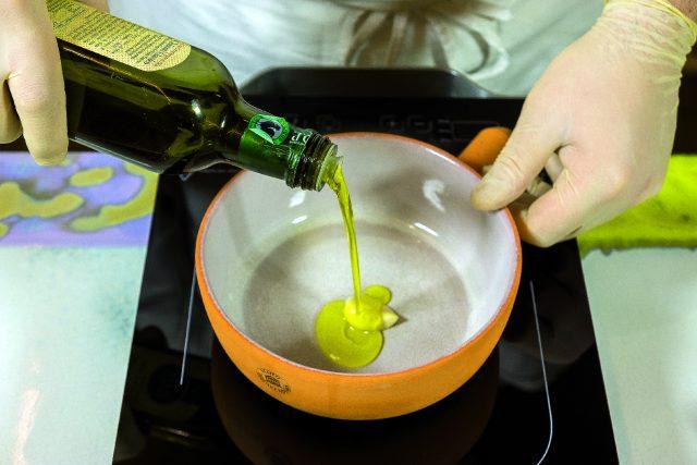vellutata-di-piselli-con-seppioline-grigliate-e-salsa-al-prezzemolo-1919-6