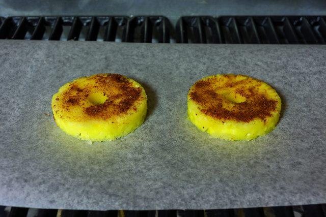 zuppetta-di-frutta-con-ananas-grigliato-al-peperoncino-a1956-7