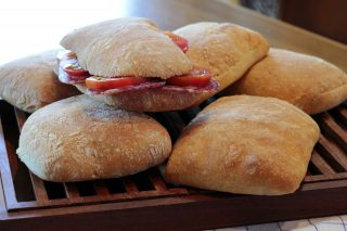 Ciabatta con poolish, croccante e digeribile