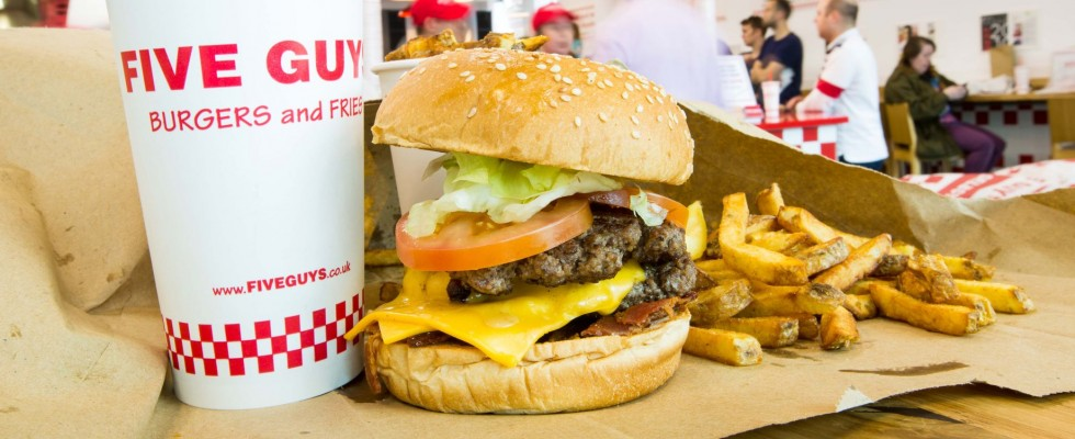 A Milano arrivano gli hamburger mitici di Five Guys