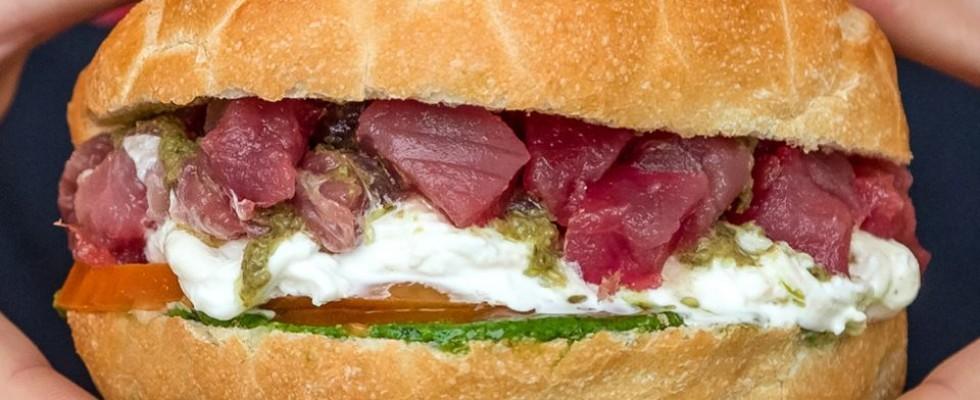 Per l'estate: 15 panini al pesce che ci hanno conquistato in giro per l'Italia