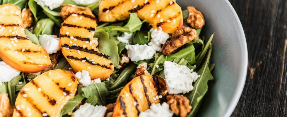 Pesche grigliate salate, tante idee da provare