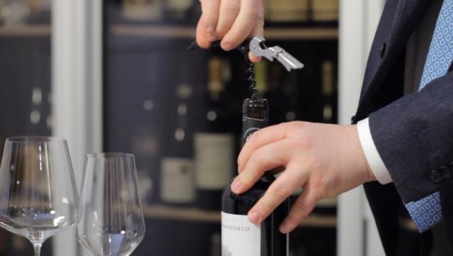 pipero-apertura-bottiglia