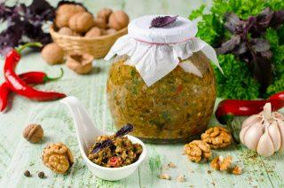 Salsa Adjika: cucina russa