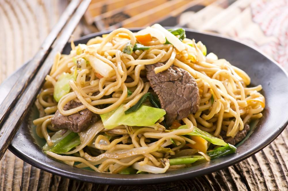 Ricetta Noodles Con Verdure E Carne.Ricetta Spaghetti Saltati Con Carne E Verdure Agrodolce