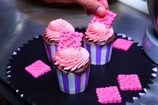 Cupcake thank you_a1715_6