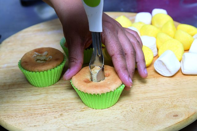 cupcake-marshmallow-a1714-8