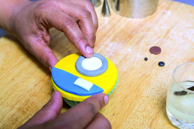 cupcake-minion-a-1712-15