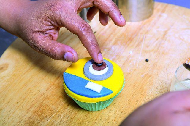 cupcake-minion-a-1712-17