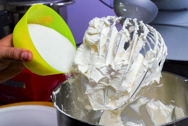 cupcake-mummie-a1713-1