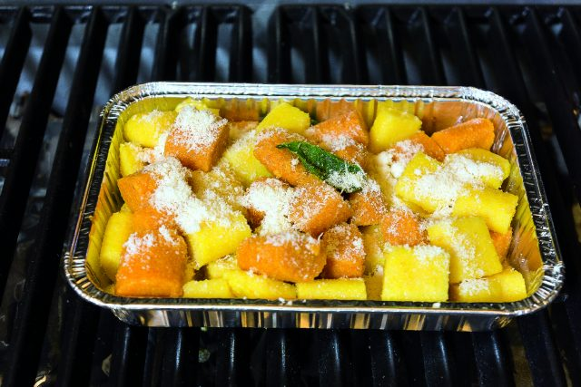 gnocchi-colorati-di-polenta-al-burro-e-salvia-gratinati-al-barbecue-a1885-3