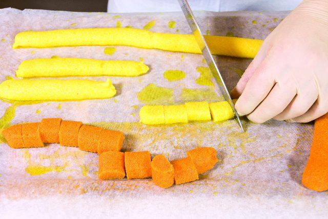 gnocchi-colorati-di-polenta-al-burro-e-salvia-gratinati-al-barbecue-a1885-5