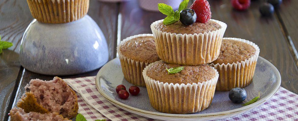 Muffin ai frutti di bosco senza burro: per colazione