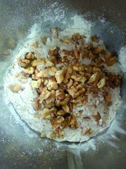 panini-alle-noci-con-semi-di-papavero-a838-2