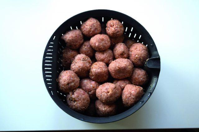 pasta-al-sugo-con-polpettine-di-carne-a1422-4