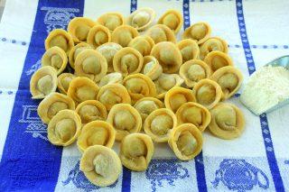 Pasta all'uovo ripiena: i tortellini, con il bimby