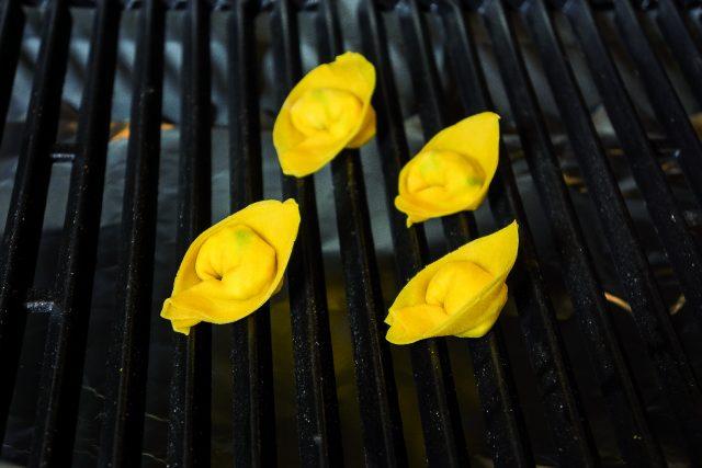 tortelli-al-barbecue-con-verdure-grigliate-a1959-11