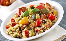 Cous cous con pollo e verdure, la ricetta estiva e deliziosa