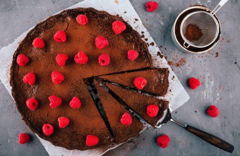 La ricetta della crostata senza cottura al cioccolato