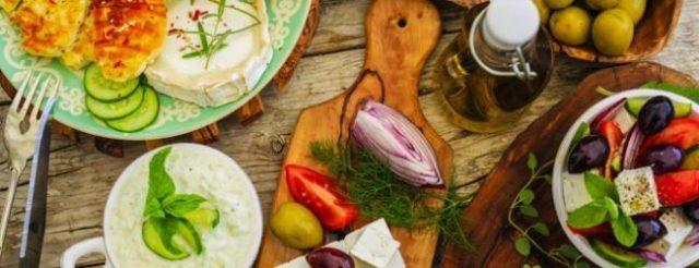 dieta-mediterranea-fotolia-kdvg-672x351ilsole24ore-web-650x250