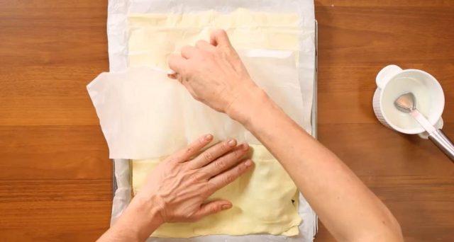 fiocco-di-sfoglia-friggitelli-provola-e-salsiccia-07