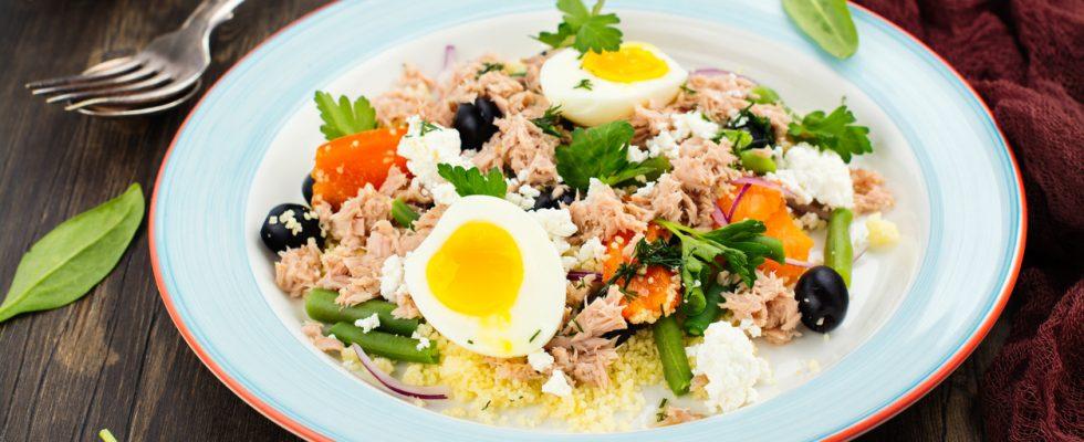 L'insalata di cous cous al tonno con la ricetta facile