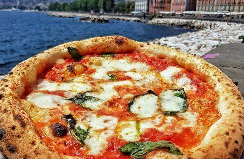 Mammina Pizzeria e Cucina Genuina, Napoli