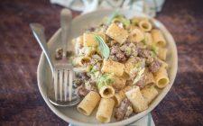 mezze-maniche-con-verza-e-pasta-di-salame-5