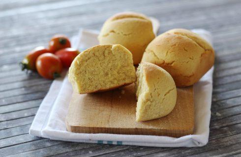 Pane con farina di mandorle, da fare in casa