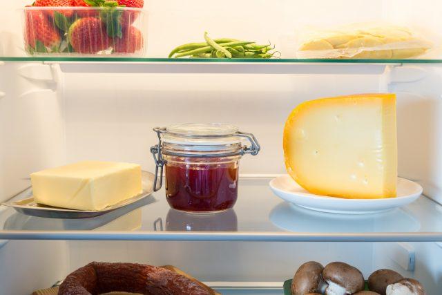 formaggi in frigo