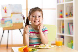 I 10 cibi che fanno veramente bene ai bambini