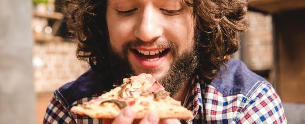 Le calorie della pizza: un compendio per tipologie di pizza tonda