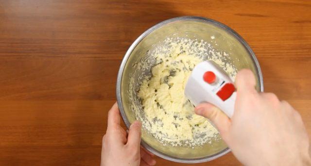 torta-yogurt-e-pesche-step-1