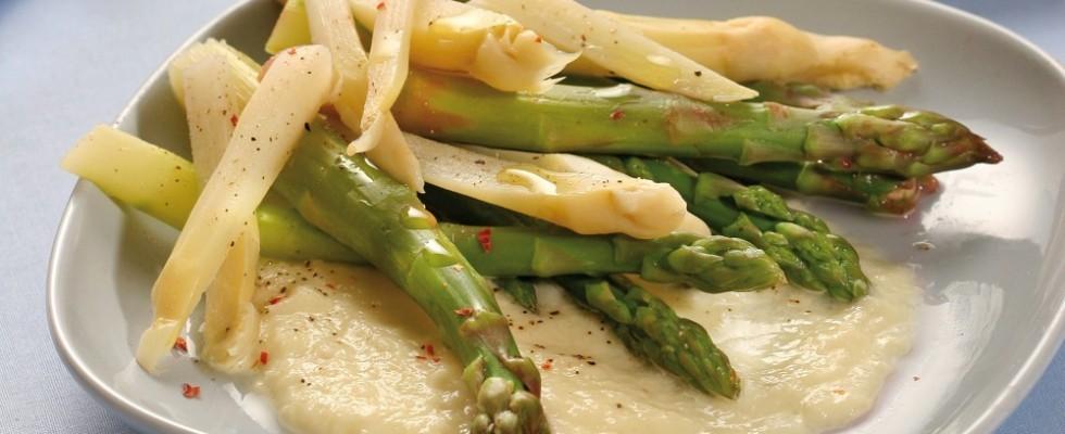 Crema di patate con asparagi al vapore al bimby