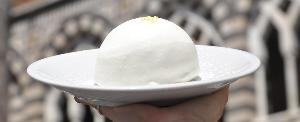 Delizia al limone: come nasce l'amato dessert campano