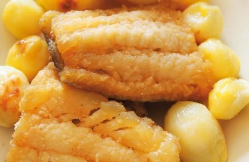 Filetti di merluzzo panato con patate novelle al bimby