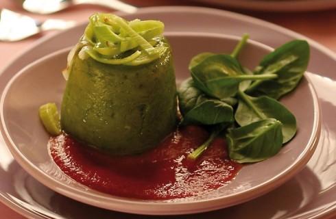Flan di spinaci con burro alle erbette in salsa di pomodoro al bimby
