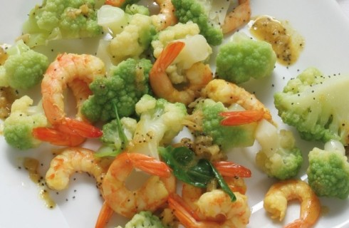 Gamberetti e broccoli con salsa al curry e zenzero al bimby