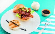 hamburger-di-pollo-e-maiale-con-bacon-croccante-a1842-13