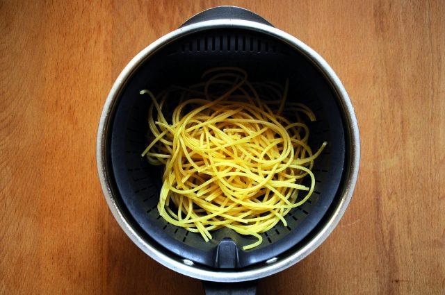 polpettine-di-pesce-in-crosta-di-spaghettini-a1640-5