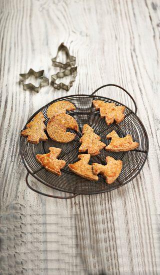 Biscotti di Natale alla cannella e zucchero di canna al bimby