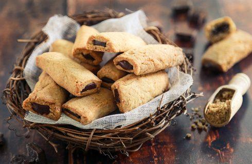 Biscotti nocciole e cioccolato: dolcetti golosi perfetti per la colazione